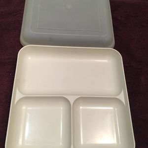 Divided 3 section Plate Micro Oven Tupperware